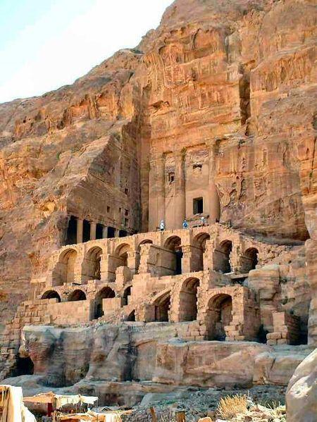 Tombs at Petra. Credit: Jean-Brice Demoulin (http://www.chmouel.com/geeklog/gallery/show_pics.php/irak-jordan/DSCF0062-2_2.jpg)